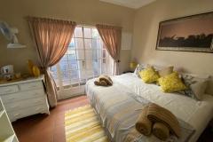 giraffe-room-2